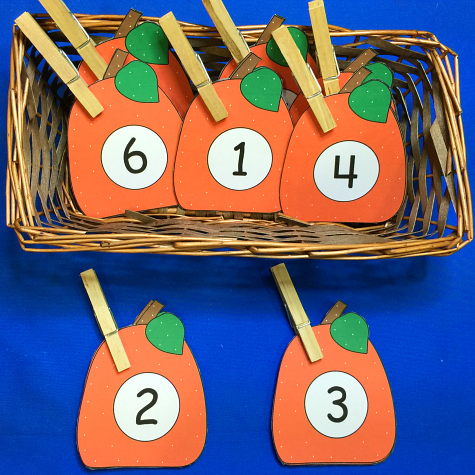pumpkin number match and clip for preschool and kindergarten.