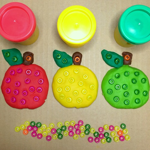 playdough apples for preschool and kindergaten
